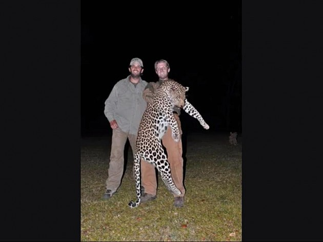 Killing Elephants & Large Cats, Just Another Outing For Donald Trumps ...
