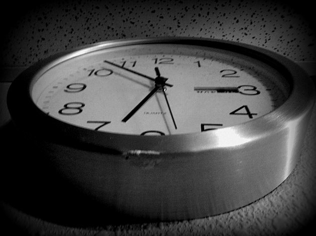 Clock Daylight Saving ends