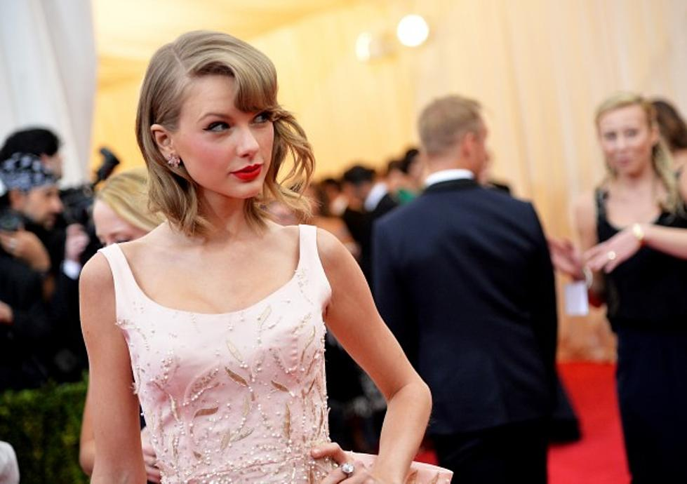 Taylor Swift Doesnt Dye Her Hair Giving Hope To Dishwater Blondes
